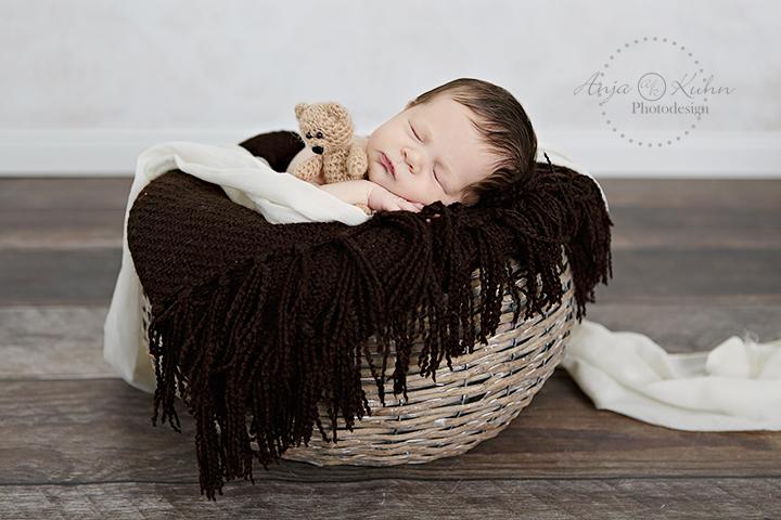 Neugeborenenfotografie Seligenstadt Babyfotografin Hanau